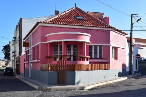 The facade or entrance of Mercearia D'Alegria Boutique B&B