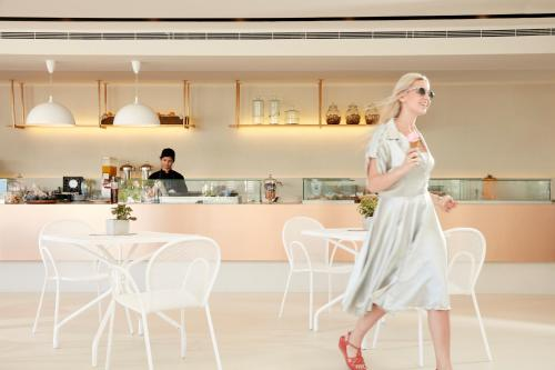 Hol lub bar w obiekcie Electra Palace Rhodes - Premium All Inclusive