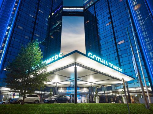Fasaden eller entrén till Gothia Towers Hotel