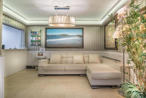 A seating area at Apartamentos Las Brisas