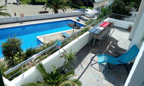 Vista de la piscina de Beach Suite Playa Cala dor o alrededores