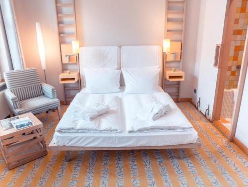 A room at Hotel Bleibtreu Berlin by Golden Tulip