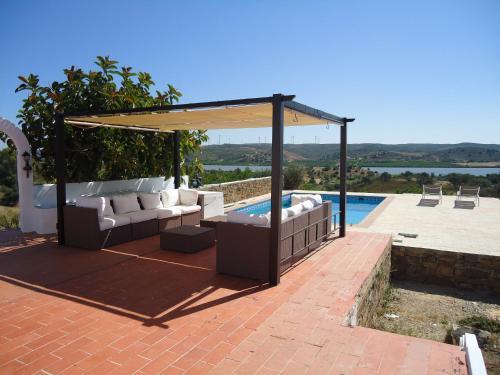 A porch or other outdoor area at Casa da Paz