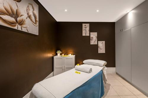 Spa and/or other wellness facilities at Radisson Blu Plaza Hotel Sydney