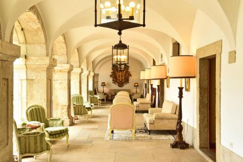 The lobby or reception area at Pousada Castelo de Palmela