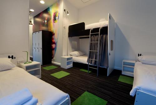 Camera di Hostel 365 For U