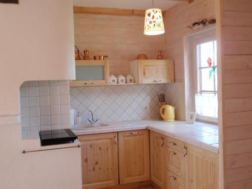 Kuchnia lub aneks kuchenny w obiekcie Holiday Home Kogucik