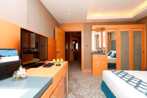 O saguão ou recepção de Grand Plaza Gulf Hotel - Riyadh