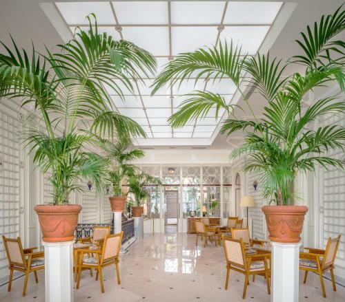 Restaurant ou autre lieu de restauration dans l'établissement Grand Hotel Excelsior Vittoria