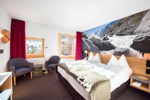 A room at Hotel Garni Chesa Mulin