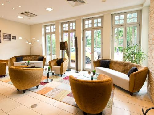 The lounge or bar area at ACHAT Hotel Buchholz Hamburg