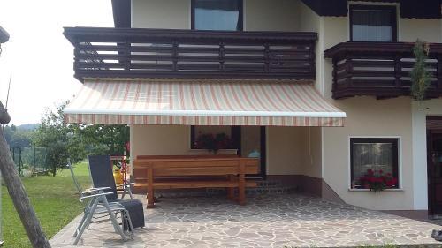 Патио или другая зона на открытом воздухе в Apartment Vrtacnik