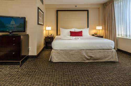 A room at Beacon Hotel & Corporate Quarters