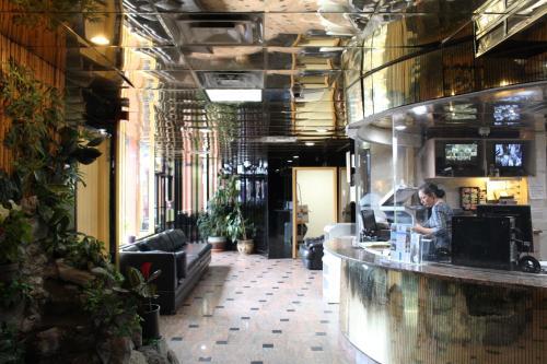 The lounge or bar area at JFK Inn