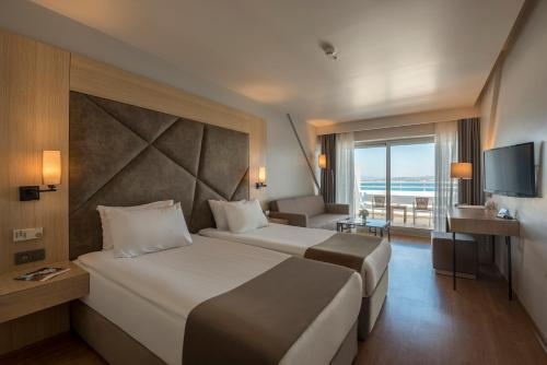 A room at Altin Yunus Resort & Thermal Hotel