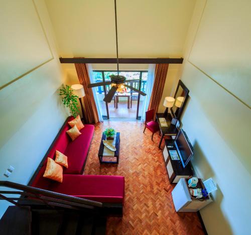 The lobby or reception area at Alta Vista de Boracay