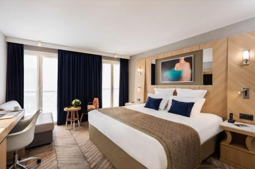 A room at Hotel Louvre Saint-Honoré