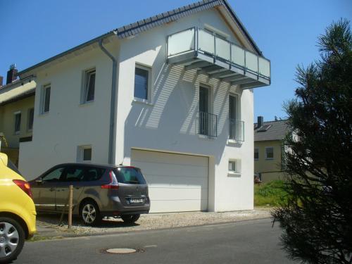The facade or entrance of Ferienwohnung Rheinaue