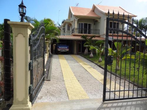 A balcony or terrace at Beau seaside villa