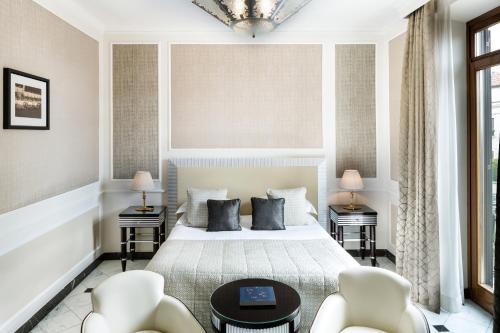 Um quarto em Baglioni Hotel Regina - The Leading Hotels of the World