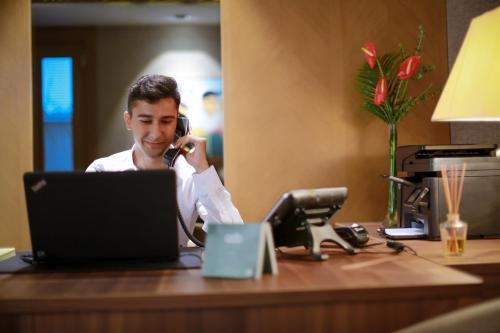 منطقة الاستقبال أو اللوبي في فندق أدا سويتس نيسانتاسي