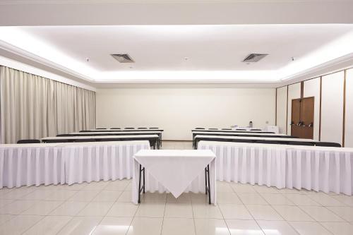 Área de negócios e/ou sala de conferências em Dan Inn São José do Rio Preto