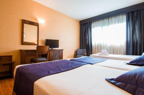 A room at Hotel Las Provincias