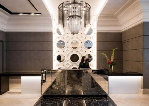 The lobby or reception area at LondonHouse Chicago, Curio Collection by Hilton