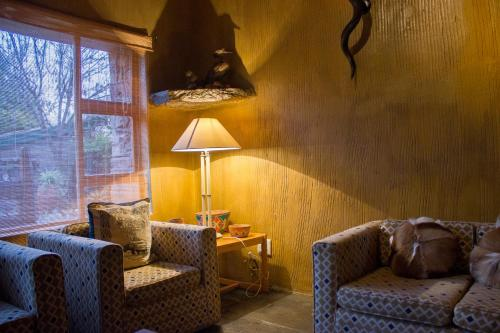 The lounge or bar area at JAK Strydom Nature Reserve