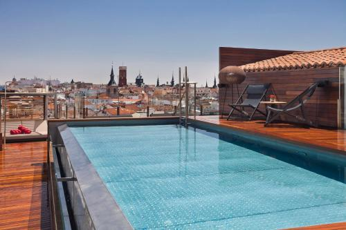 The swimming pool at or near Palacio de los Duques Gran Meliá - The Leading Hotels of the World