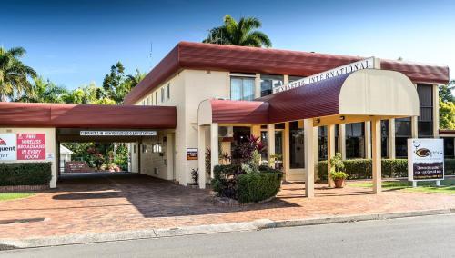 The facade or entrance of Bundaberg International Motor Inn