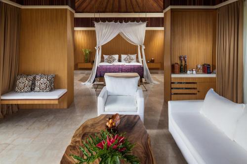 A room at Komaneka at Rasa Sayang Ubud