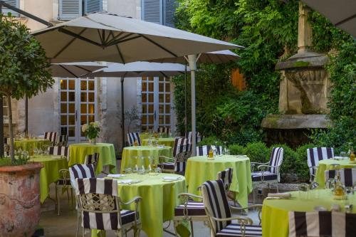 A restaurant or other place to eat at Hotel d'Europe