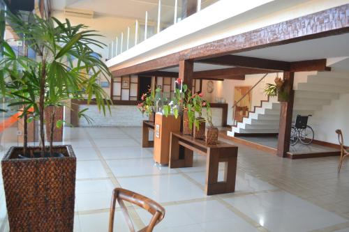 The lobby or reception area at Hotel Ferradura Resort