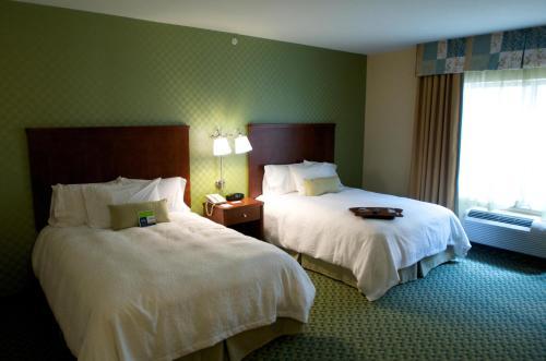 A room at Hampton Inn & Suites El Paso West