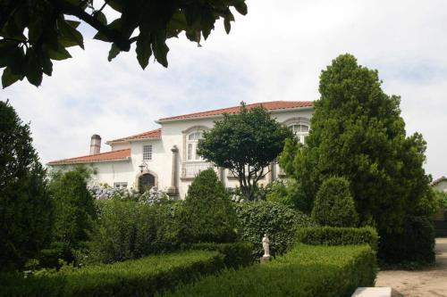 O edifício onde o alojamento de turismo rural está situado