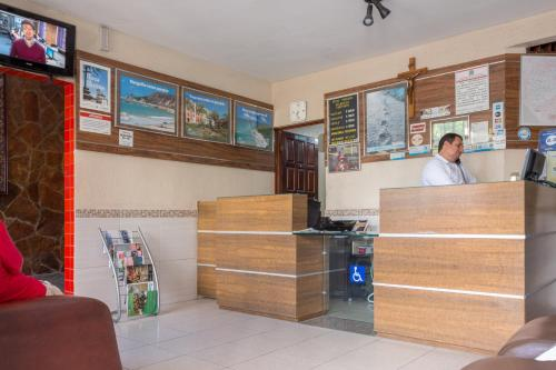 The lobby or reception area at Hotel Pousada Atlântica