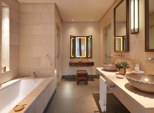 Ein Badezimmer in der Unterkunft Anantara Al Jabal Al Akhdar Resort