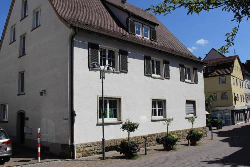 The facade or entrance of Bismarck Hostel Öhringen