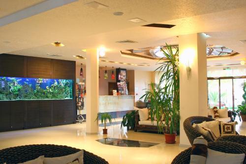 The lobby or reception area at Laguna Beach Resort & Spa