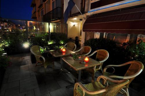 The lounge or bar area at Pension & Spa de Watertoren