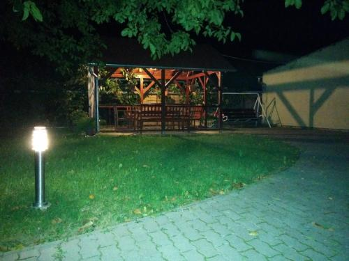 A garden outside Globus Vendégház