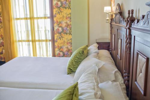 Una habitación en Hotel Rosaleda Don Pedro