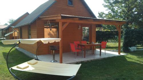 Ein Patio oder anderer Außenbereich in der Unterkunft Ferienwohnungen Goller