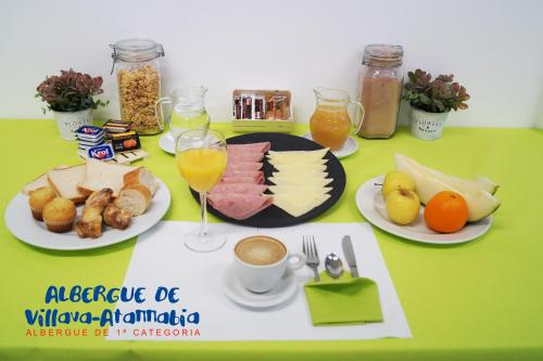 Breakfast options available to guests at Albergue de Villava