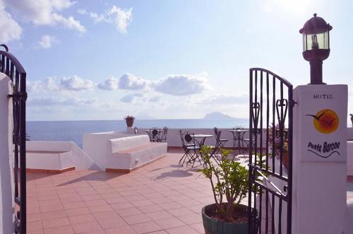 Balcone o terrazza di Hotel Punta Barone