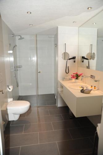 Ein Badezimmer in der Unterkunft Hotel Adler - Weil am Rhein / Basel