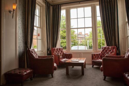 The lobby or reception area at Bannatyne Hotel Darlington