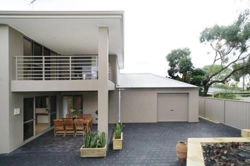 A porch or other outdoor area at Seal 4 Bedroom House by Shoalwater Executive Homes