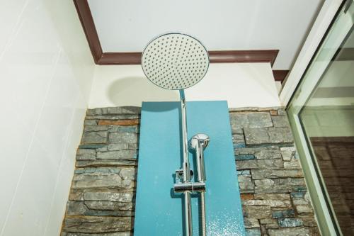 A bathroom at Phi Phi Andaman Beach Resort-SHA Plus